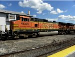 BNSF 4548 and BNSF 7324
